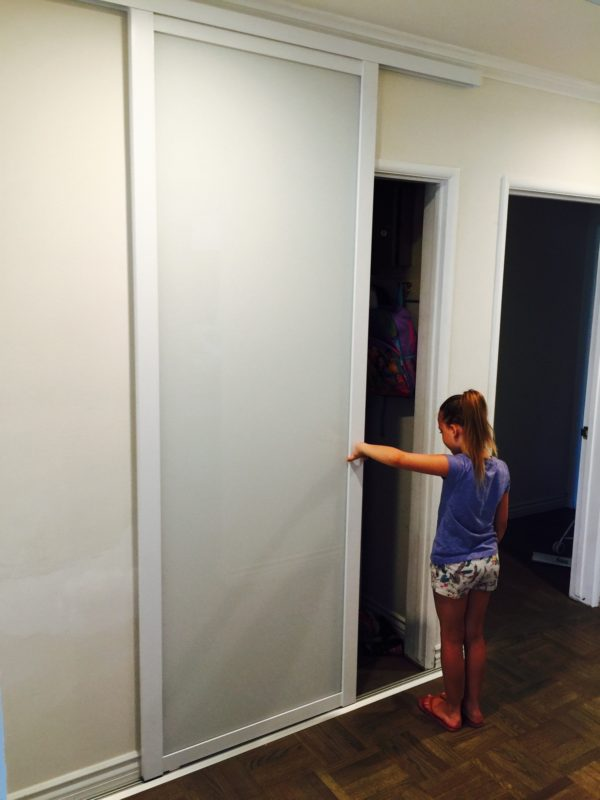 measuring sliding door
